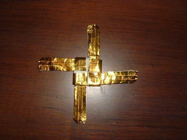origami celtic cross embroidery origami. Black Bedroom Furniture Sets. Home Design Ideas